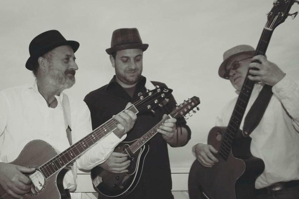 Konzert im Wohnzimmer mit den Last Troubadours